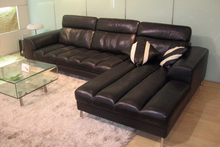 Bo3933 leather sectional sofa black design co for Bella chaise dark brown