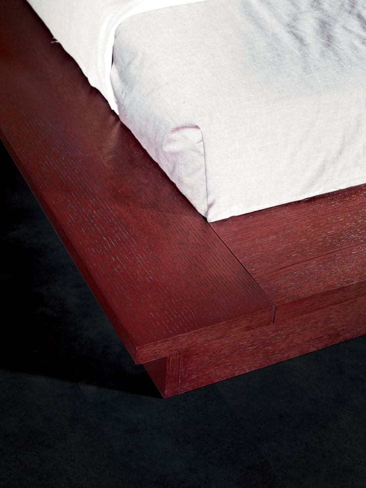 King Versus California King >> Rimini Contemporary walk on platform bed | Black Design Co