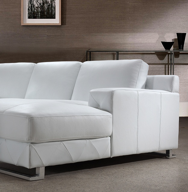 Modern White Leather Sectional Sofa: Delta Modern White Leather Sectional Sofa