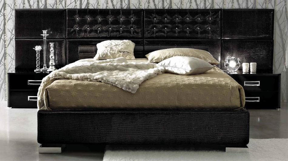Black Design Co: LA STAR – Composition 06 – Modern Italian Bed