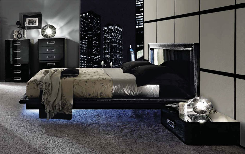 Black Design Co: LA STAR – Composition 04 – Modern Italian Bed