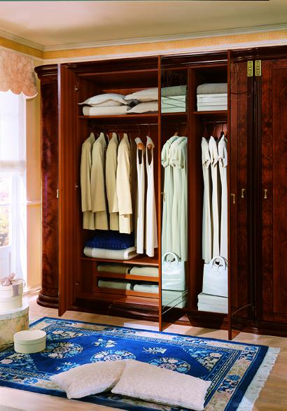 Complete Set: Klassica Italian Lacquer Bed