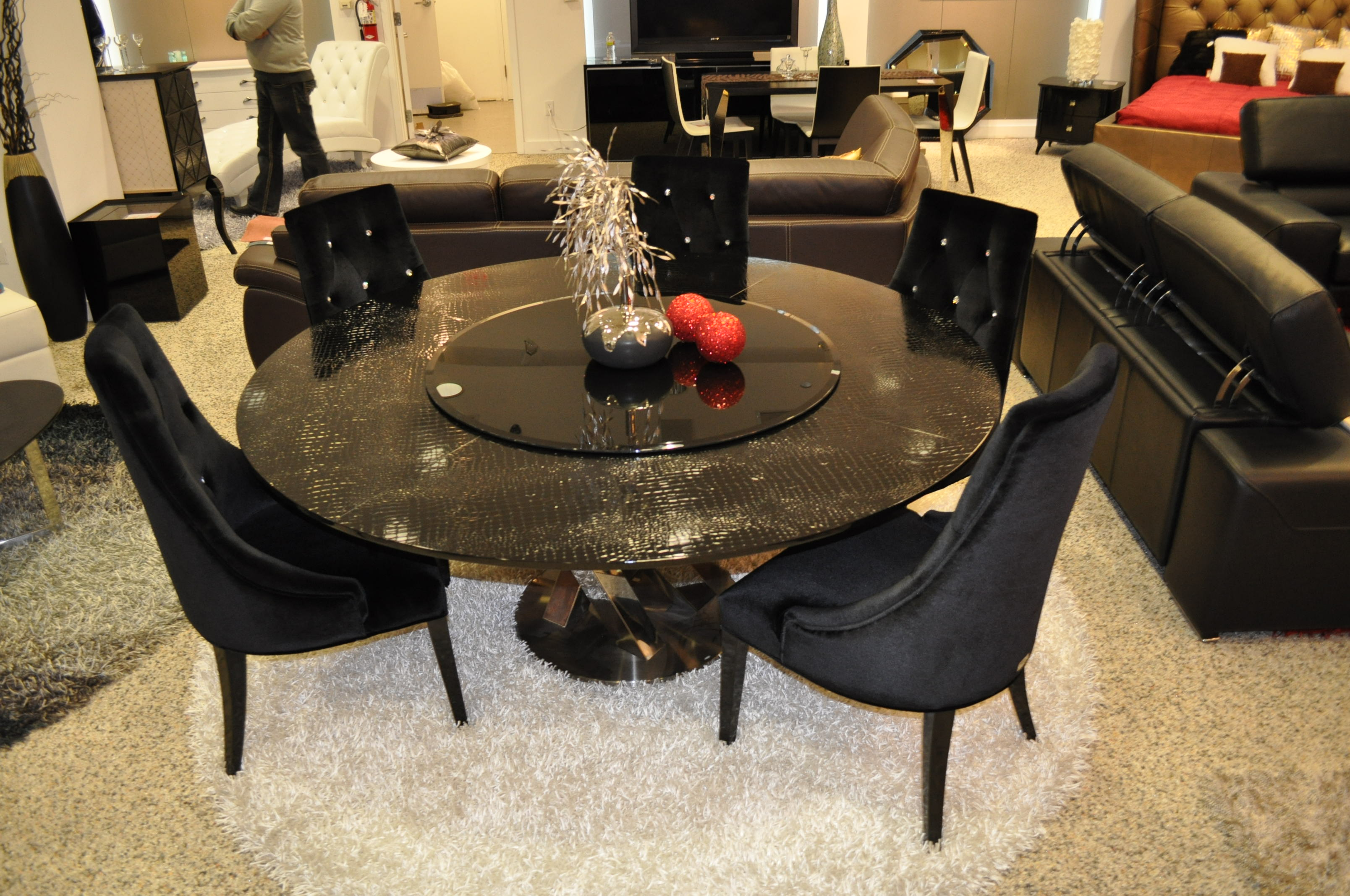 Ac833 180 Round Black Crocodile Lacquer Table W Lazy